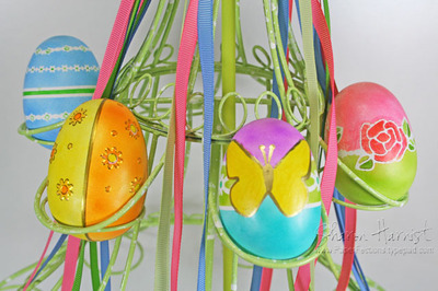 Feb08eastereggcarouseleggs